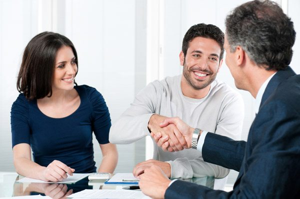 talking to a real estate agent